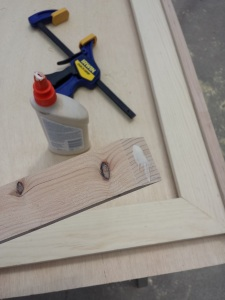 Step 8h Clamp and glue edges